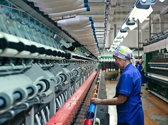 Промышленное производство в России в мае снизилось на 9,6%