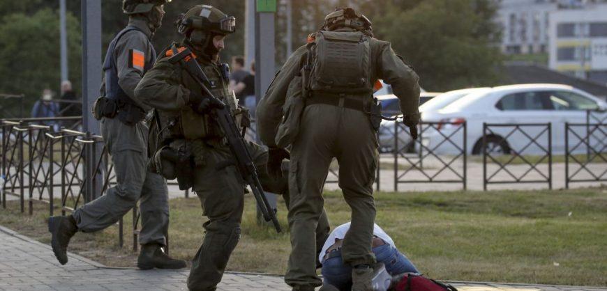Боррель заявил о нарастающих репрессиях и запугивании населения в Белоруссии