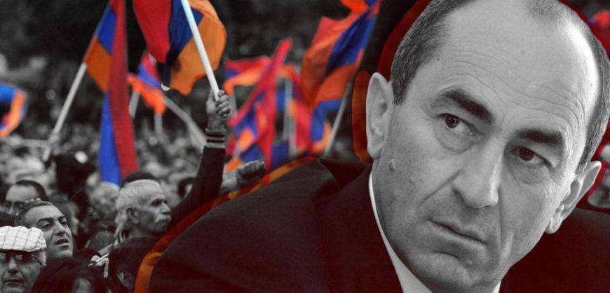 Экс-президент Армении Кочарян призвал армян поддержать армию в противостоянии с Пашиняном
