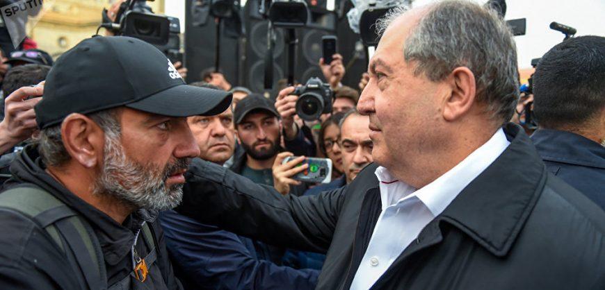 Президент Армении отказался подписывать указ Пашиняна об увольнении главы Генштаба