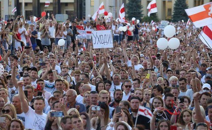 Тихановская призвала белорусов массово выйти на улицы 25 марта в День Воли
