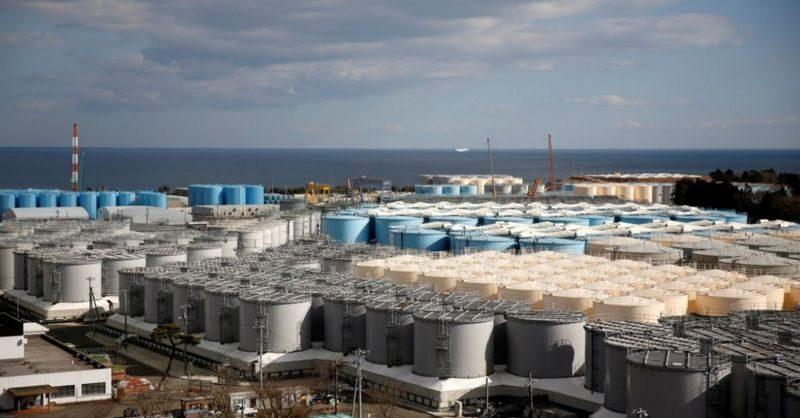 Япония хочет слить в океан очищенную радиоактивную воду сАЭС «Фукусима»