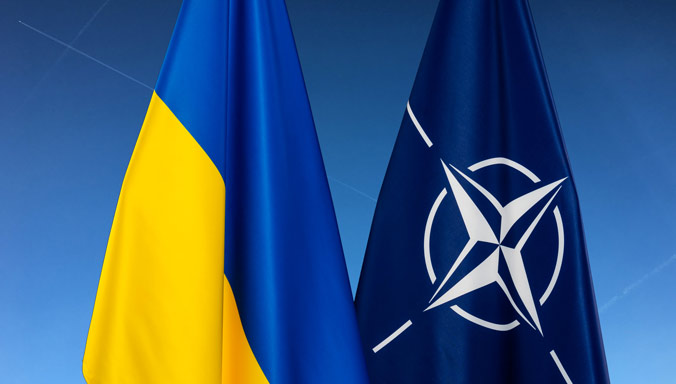 Зеленский назвал вступление Украины в НАТО единственным путем к окончанию войны в Донбассе