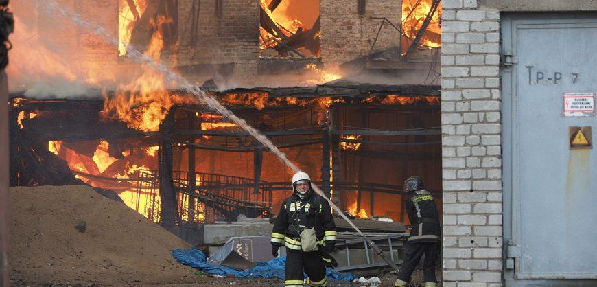 Предварительной причиной пожара на «Невской мануфактуре» назван умышленный поджог