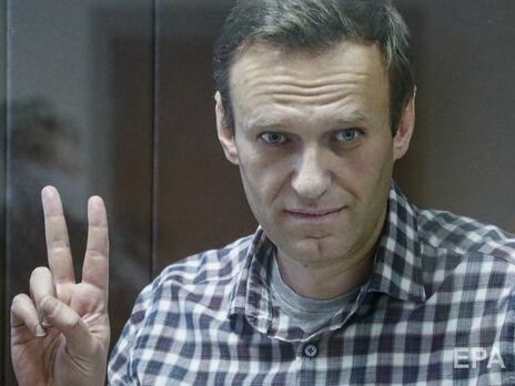 Российские депутаты потребовали допустить врачей к Навальному
