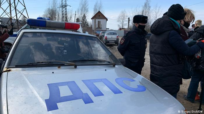 Главу «Альянса врачей» не пропустили в колонию к Навальному