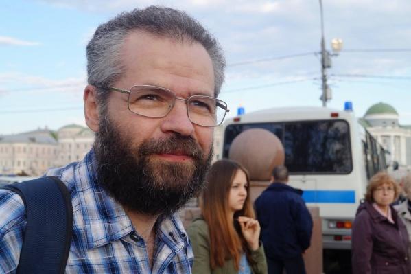 Академика РАН Ефима Хазанова задержали за репосты о Навальном