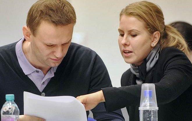 Суд назначил Любови Соболь год исправительных работ за «незаконное проникновение в жилище»