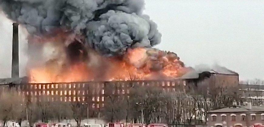 В Петербурге задержали гендиректора сгоревшей «Невской мануфактуры»