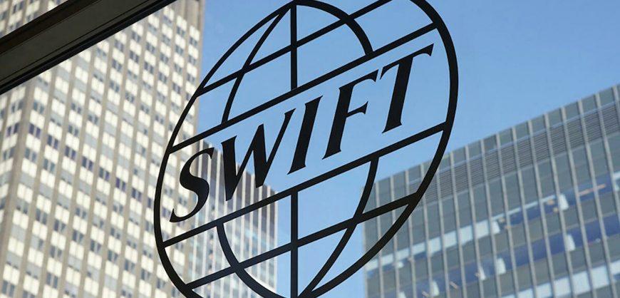 Глава Госдепа США напрямую не ответил на вопрос об отключении России от SWIFT