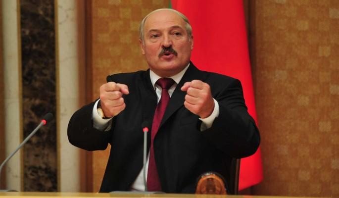 Лукашенко в ответ на иск в прокуратуру ФРГ назвал немцев «наследниками фашизма», не имеющими права его судить