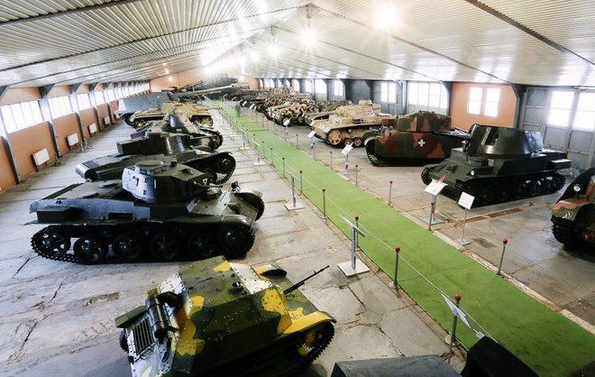 Из нового музея Вооруженных сил России украли немецкие кресты и наградное оружие на 12 млн руб
