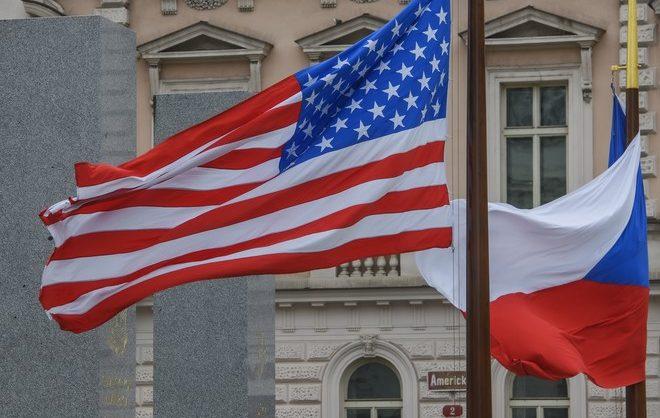 Российские власти утвердили список недружественных стран. В него вошли США и Чехия