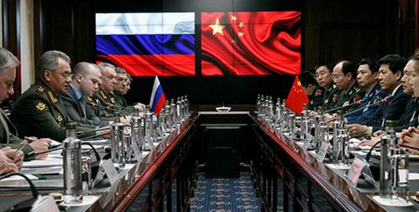 В Германии заявили о создании Китаем и Россией военного альянса для вытеснения США из зон собственных интересов