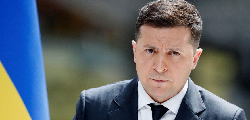 Зеленский на русском языке предложил Путину встретиться и закончить войну в Донбассе
