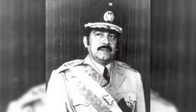 Умер бывший президент Сальвадора полковник Молина