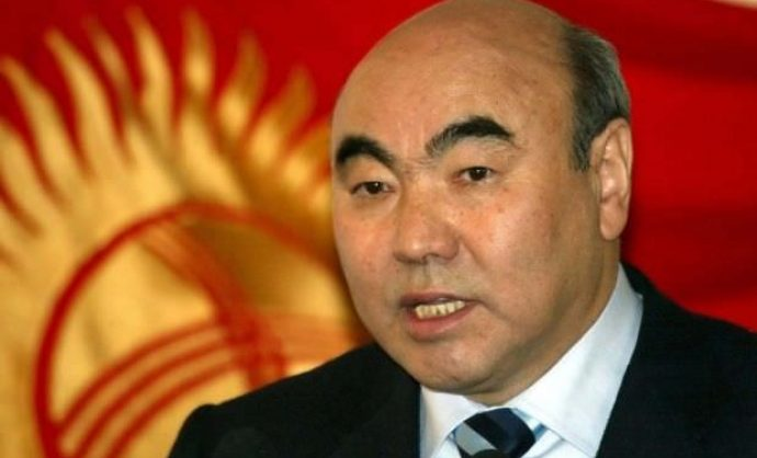 Объявленный в розыск экс-президент Киргизии Аскар Акаев доставлен в Бишкек на допрос