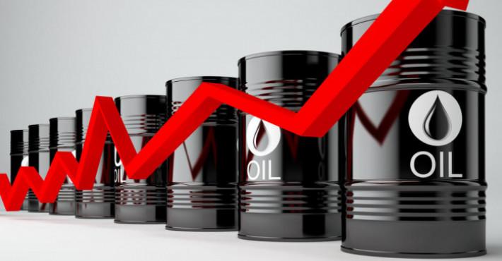 Мировые цены на нефть и газ взлетели. Вслед за ними — акции нефтяных компаний