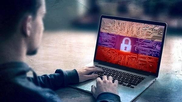 Минцифры выдвинуло идею отключать связь у россиян и блокировать интернет во время чрезвычайных ситуаций