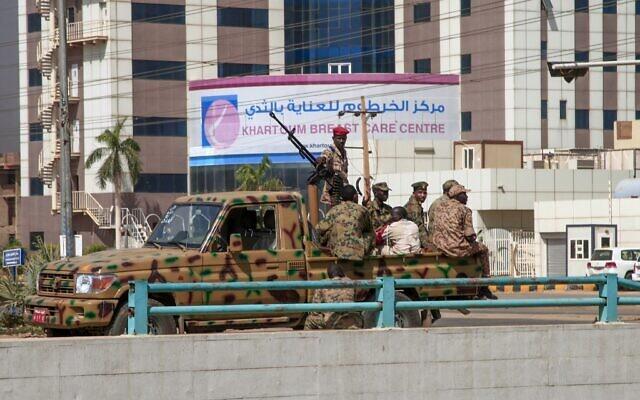 Военный переворот в Судане. Премьер и гражданские силы просят народ выйти на мирные протесты