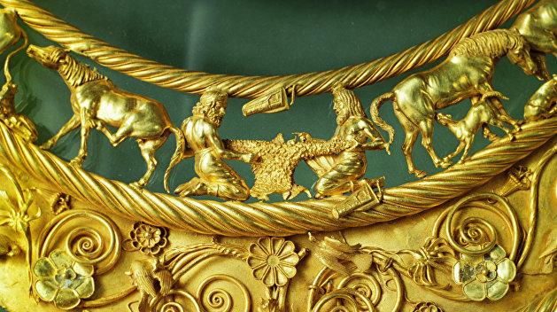 Суд в Амстердаме признал скифское золото из музеев Крыма собственностью Украины