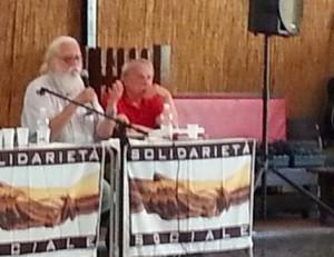 Марио Мерлино (с белой бородой) и Стефано Делле Кьяйе - за самоопределение народов