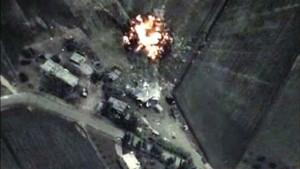 Снимок авиаударов ВВС РФ в Сирии, сделанный Минобороны России