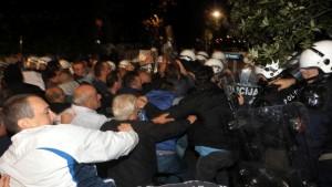 Montenegro Clashes-5