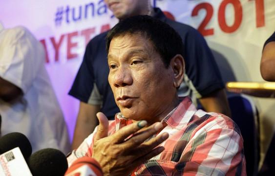 Президент Филиппин пригрозил выйти изООН