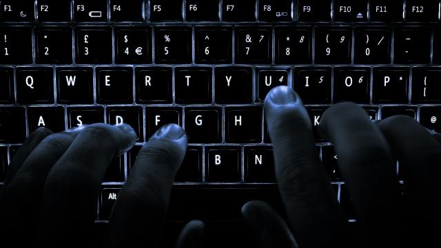 Хакер опубликовал личные данные демократов Конгресса США