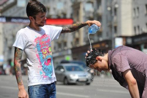 В российской столице объявили оранжевый уровень опасности из-за жары