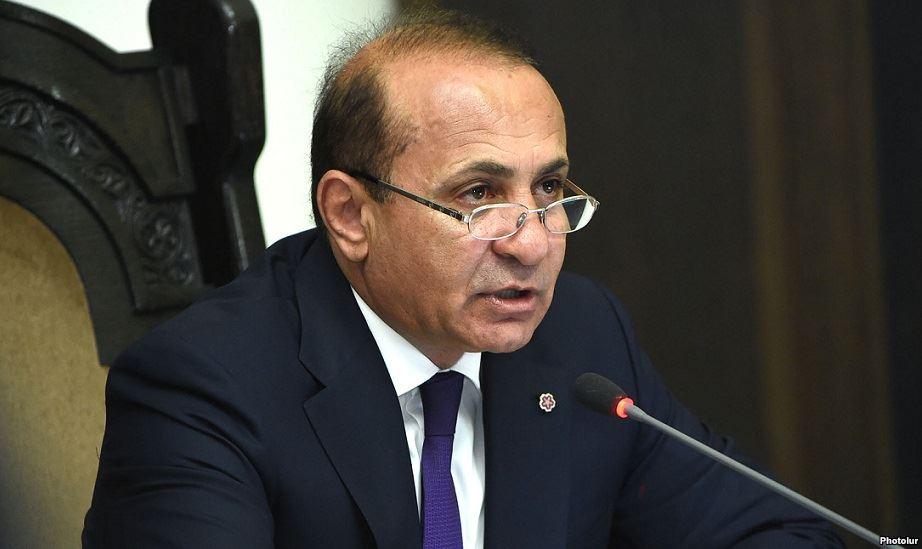 Премьер Армении объявит оботставке вчетверг, ожидается иотставка главы МИД
