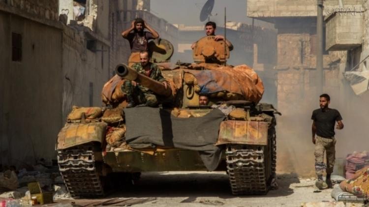ЕСпризвал закончить обстрелы Алеппо