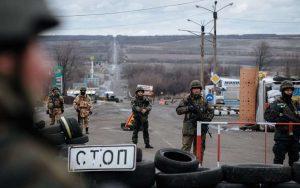 Порошенко: Киев полностью утратил контроль над Донбассом из за его блокады