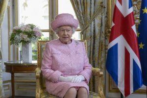 Королева Елизавета II одобрила закон о запуске процедуры Brexit