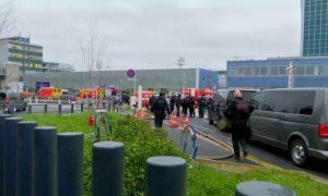 Нападение на военный патруль в аэропорту Парижа: нападавший застрелен, аэропорт эвакуирован