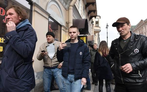 ВПетербурге задержали участника «Шествия свободных людей»