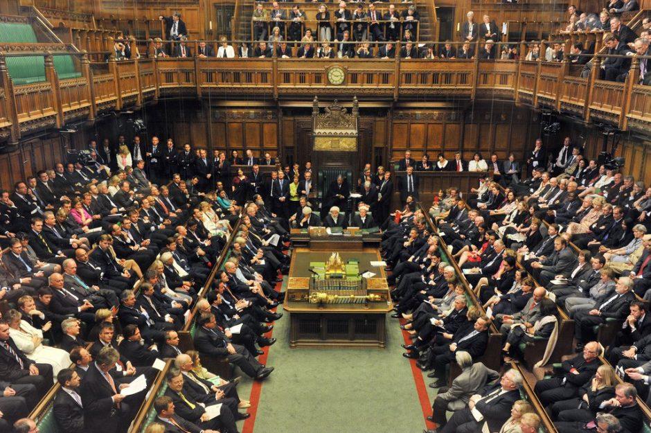 Тереза Мэй обвинила Брюссель впопытке воздействовать на английские выборы