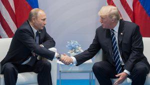 Беседа президентов РФ и США Владимира Путина и Дональда Трампа