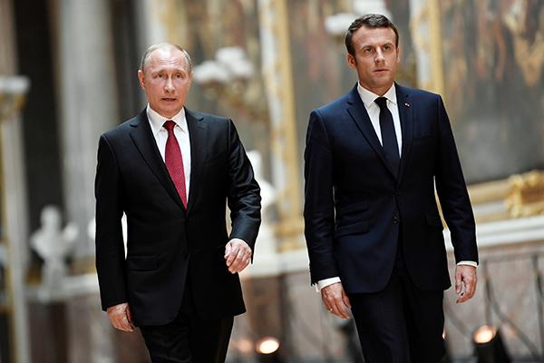 Макрон о важности диалога с Россией