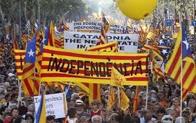 каталонский парламент за референдум о независимости