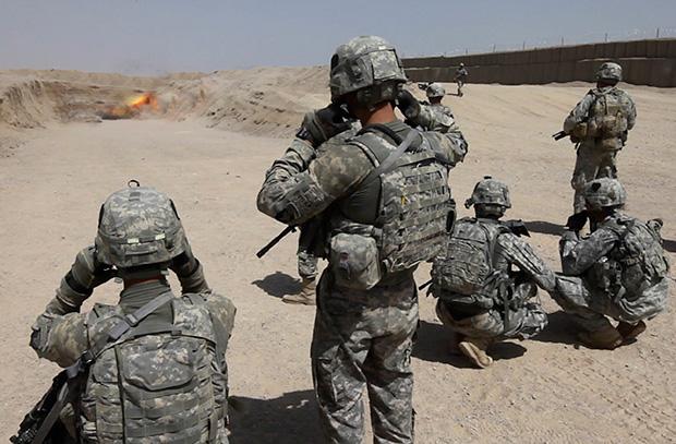 Иран пригрозил признать армию США