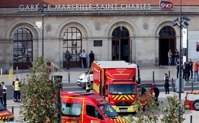 за нападение в Марселе