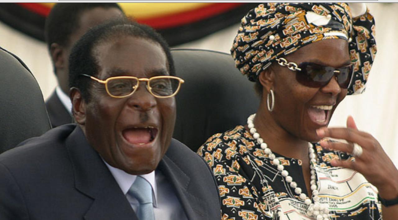 Мугабе покинул страну