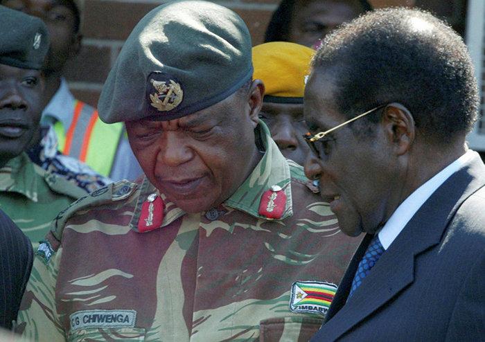 взяли под стражу президента Роберта Мугабе