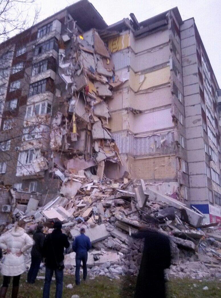 в Ижевске обрушилась часть дома