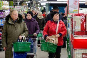 Индекс потребительской уверенности россиян упал до «дна» кризиса 2016 года