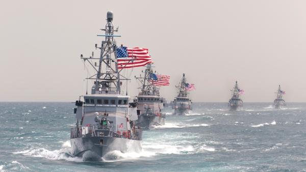 Image result for США стянули в район Персидского залива как минимум семь военных кораблей