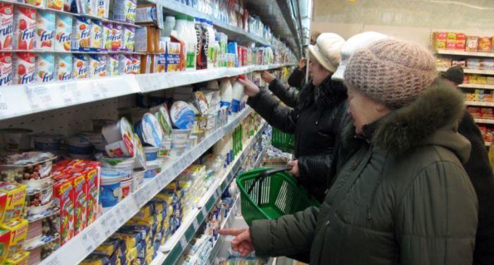 Средний чек за один в поход в магазин вырос до 556 рублей