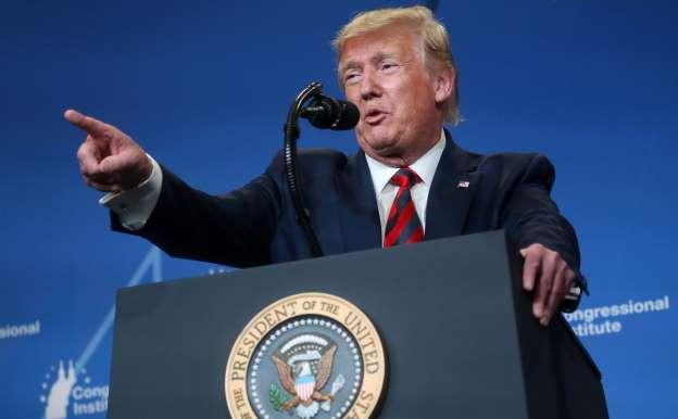 Трамп разрешил открыть нефтяные резервы США